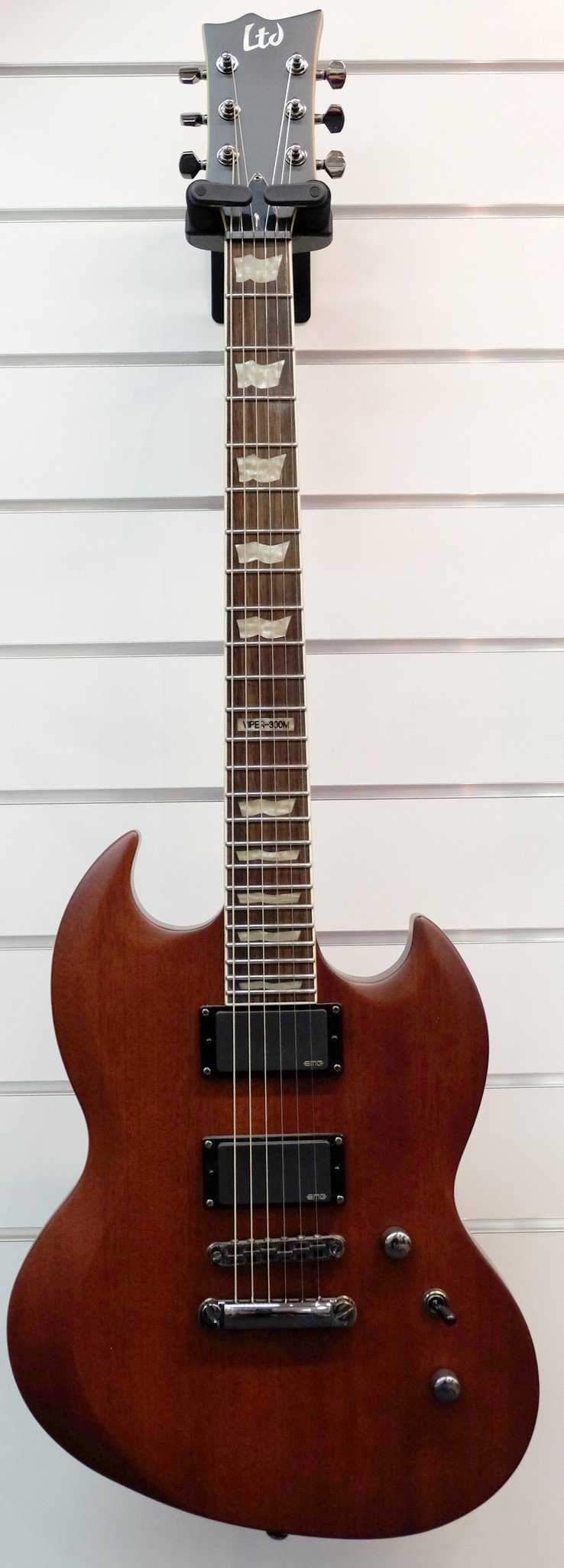 ESP LTD E-Gitarre Viper 300 M Vintage Brown Satin